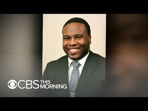 """""""Let me in"""": Witnesses dispute cop account of Botham Jean shooting, attorney says"""