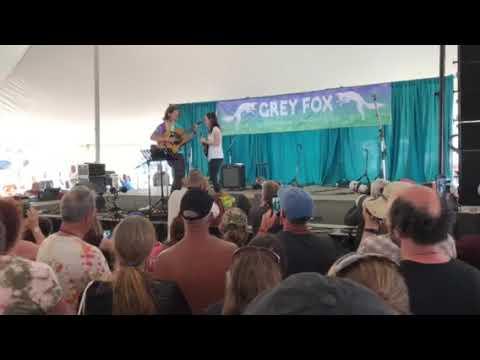 Sierra Hull with Billy Strings