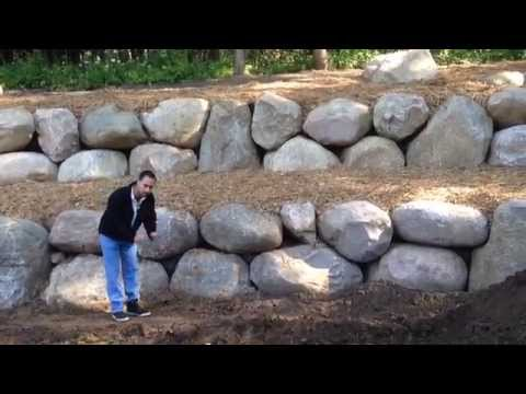 How to turn a hill into a flat yard with a Retaining wall ...