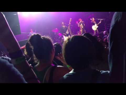 The Revolution ft. Stokely Williams - I Would Die 4 U (snippet)(live in Minneapolis)