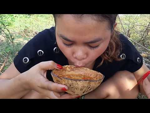 Survival Skills - Cooking fish Eating Delicious - beautiful Girl Cooking *57