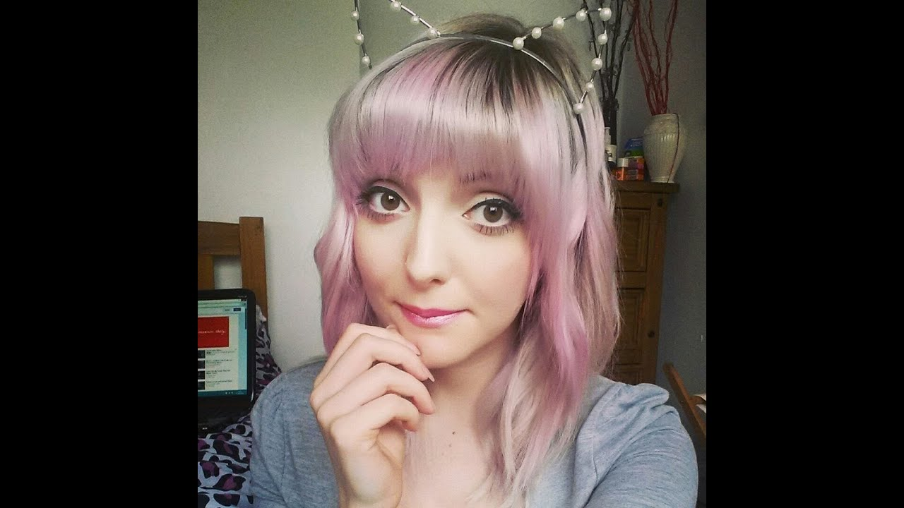 Black hair with light pink ombre