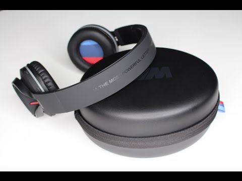 bmw m wireless bluetooth headphone review youtube. Black Bedroom Furniture Sets. Home Design Ideas
