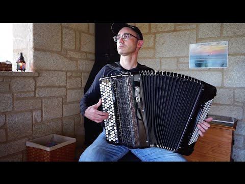 O emotivo Meditango de A. Piazzolla no acordeón confinado de Fernando Fraga