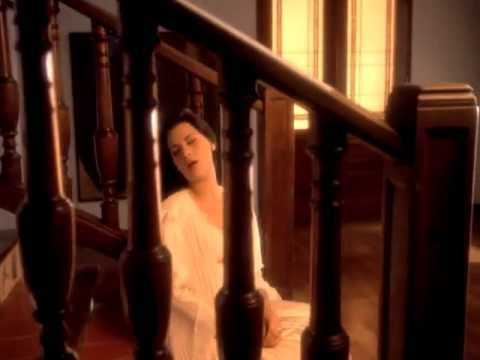 Olga Tañon - Basta Ya (Official Music Video)
