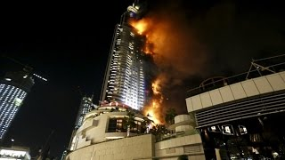Huge Fire Engulfs Dubai Building Near New Year's Eve Fireworks Pożar Hotelu w Dubaju