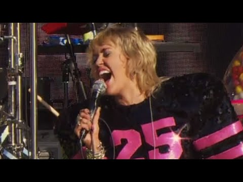 Miley Cyrus Gets CHOKED UP While Performing Wrecking Ball at Super Bowl Pre-Show