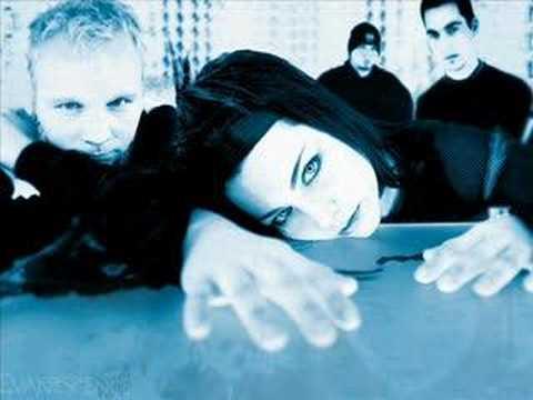Evanescence - October mp3 indir