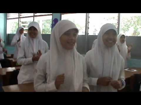 Display Kelas SMK Farmasi Muhammadiyah 2