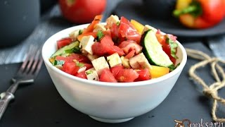 Салат из свежих овощей с сыром тофу