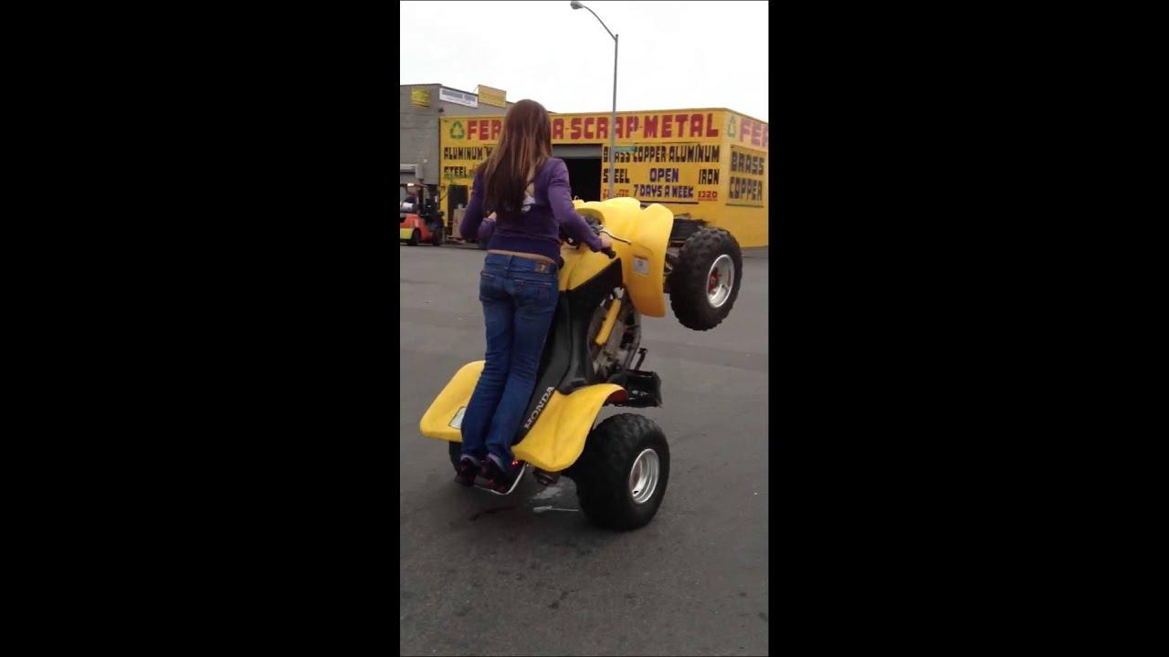 Girl Wheelies A 4 Wheeler Ruff Ryder S Youtube