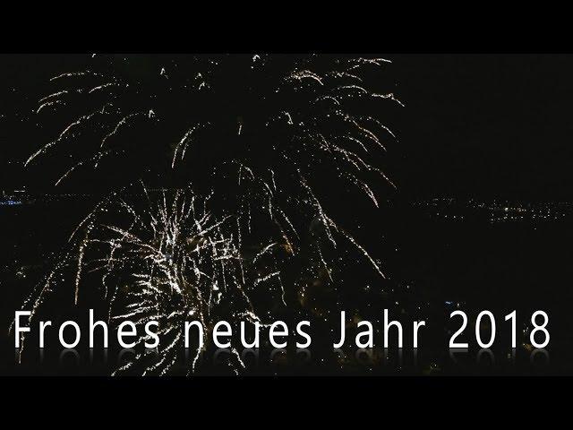 Frohes neues Jahr 2018 - Feuerwerk aus der Luft in 4K
