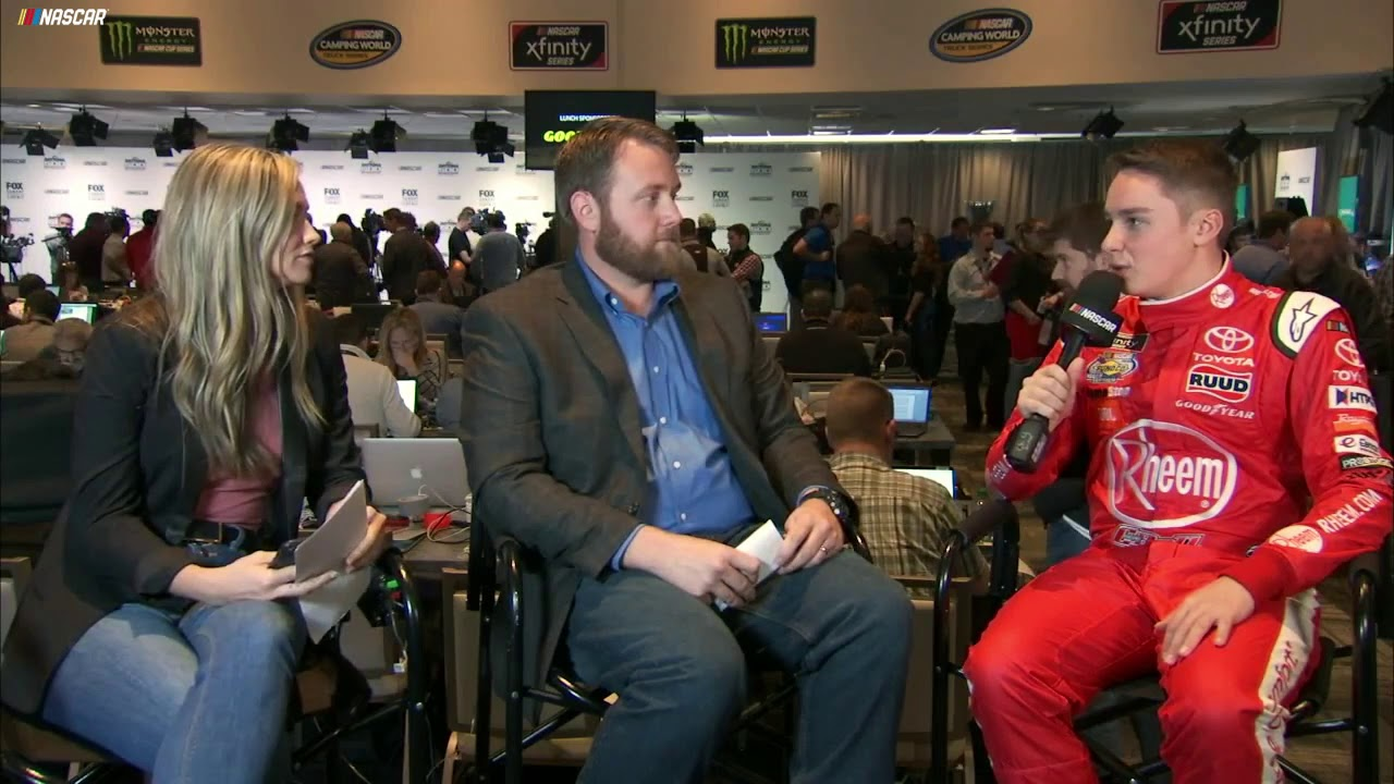 Bell explains why Tony Stewart is his hero