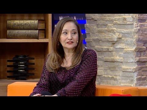 Sonia Abrão Conta Que Falava Pouco Na Infância: