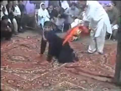 Funny Pakistani Clip Crazy Chicken Dance Flv