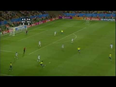 Great passing and ball control by Brazil