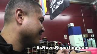 Robert Garcia Watching Tyson Fury Uppercut Himself - Esnews Boxing