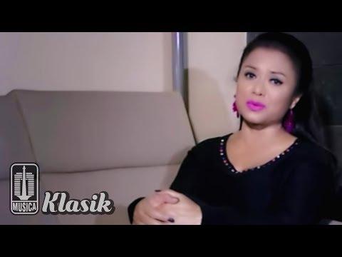 Betharia Sonatha - Satukanlah Hati Kami (Karaoke Video)