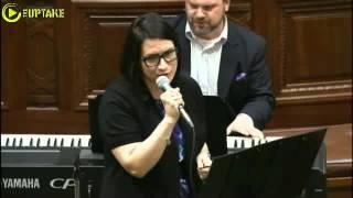 MN Lawmaker Leads Purple Rain Singalong To Honor Prince