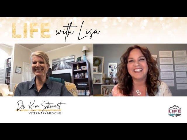 Life with Lisa Bradshaw S6E12 Kim Stewart
