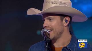 Dustin Lynch sings Ridin Roads From Tullahoma Live 2020 HD 1080p
