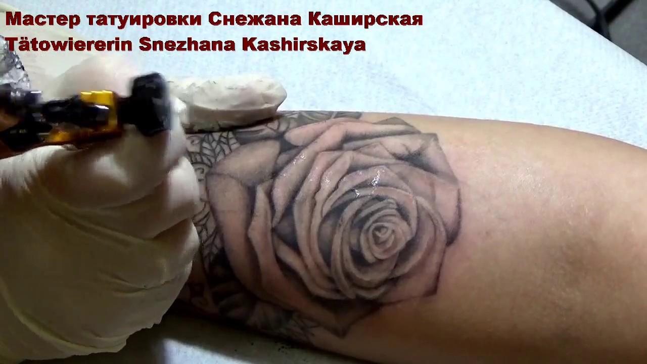 розы тату на запястье фото