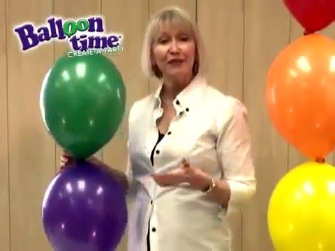 Hoe knoop je ballonnen aan elkaar zelf een for Ballonnen decoratie zelf maken