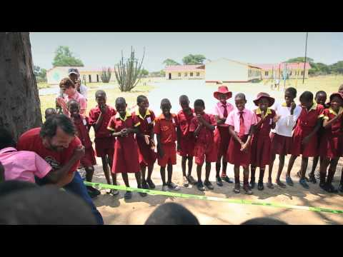 Giving back: School project in Hwange National Park