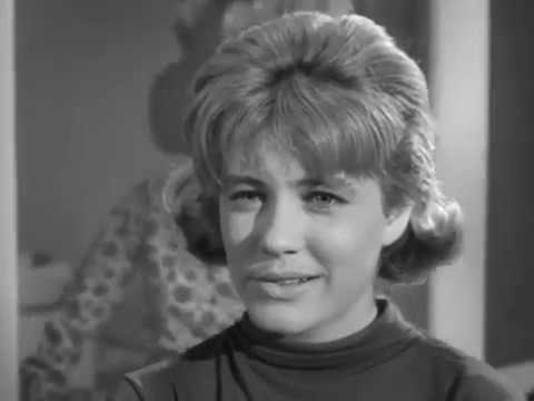 The Patty Duke  S3E13 Patty Meets the Great Outdoors