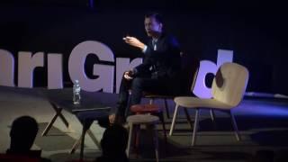 Želiš da te vide? Ustani! | Denis Agović | TEDxStariGrad