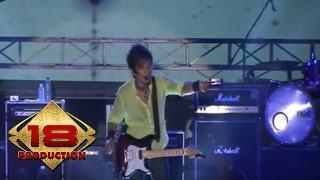 Zivilia - Setia (Live Konser Mataram 12 Oktober 2013)