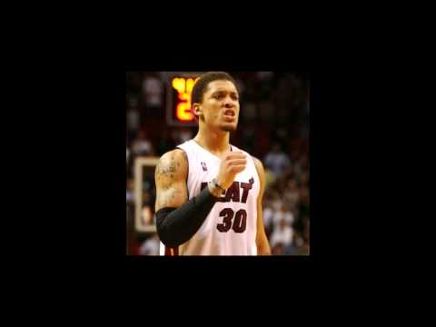 NBA- Miami Heat Sign Michael Beasley