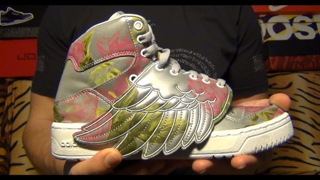 d0573a7b350e Видеообзор Adidas x Jeremy Scott Wings