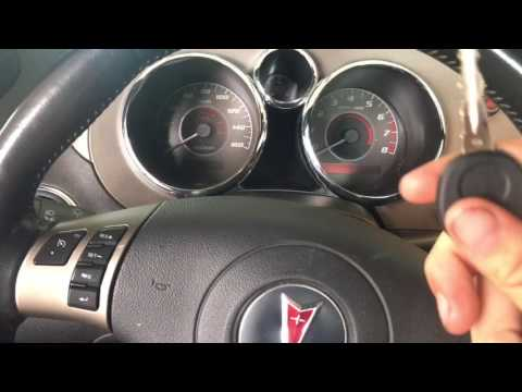 2007 Pontiac Solstice GXP Oil Change!