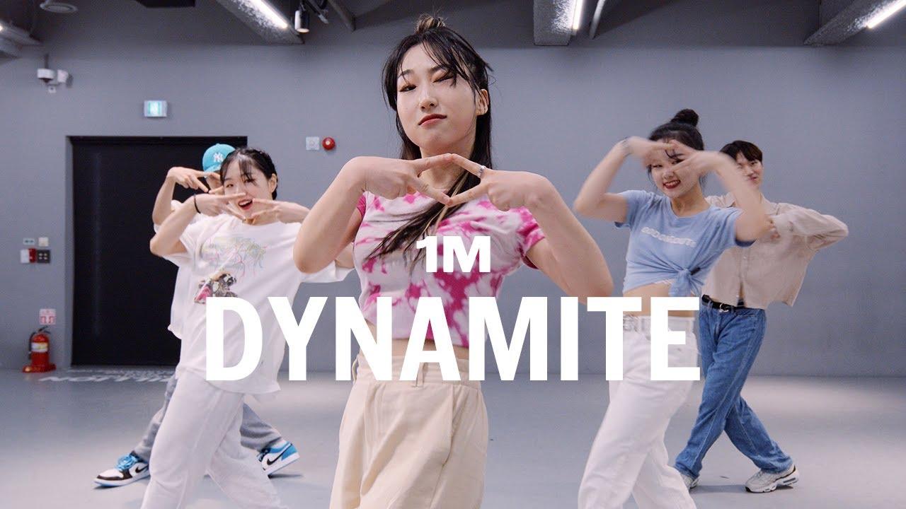 BTS - Dynamite / Learner's Class