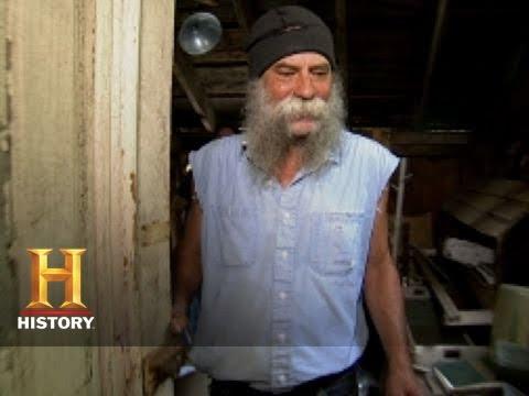 American pickers hippie tom history
