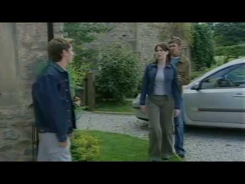 Emmerdale - Elaine Marsden slaps Robert Sugden (2003)