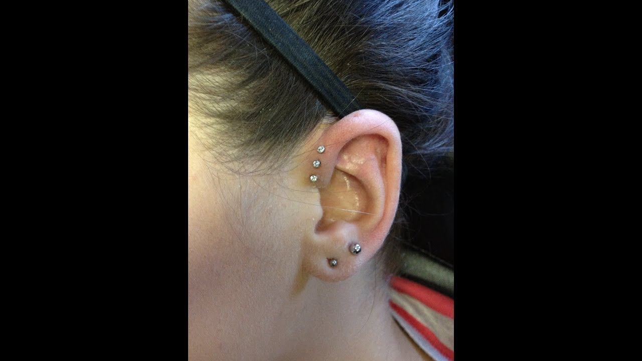 How to Apply a Waterproof Swim Patch to an Ear Piercing ...