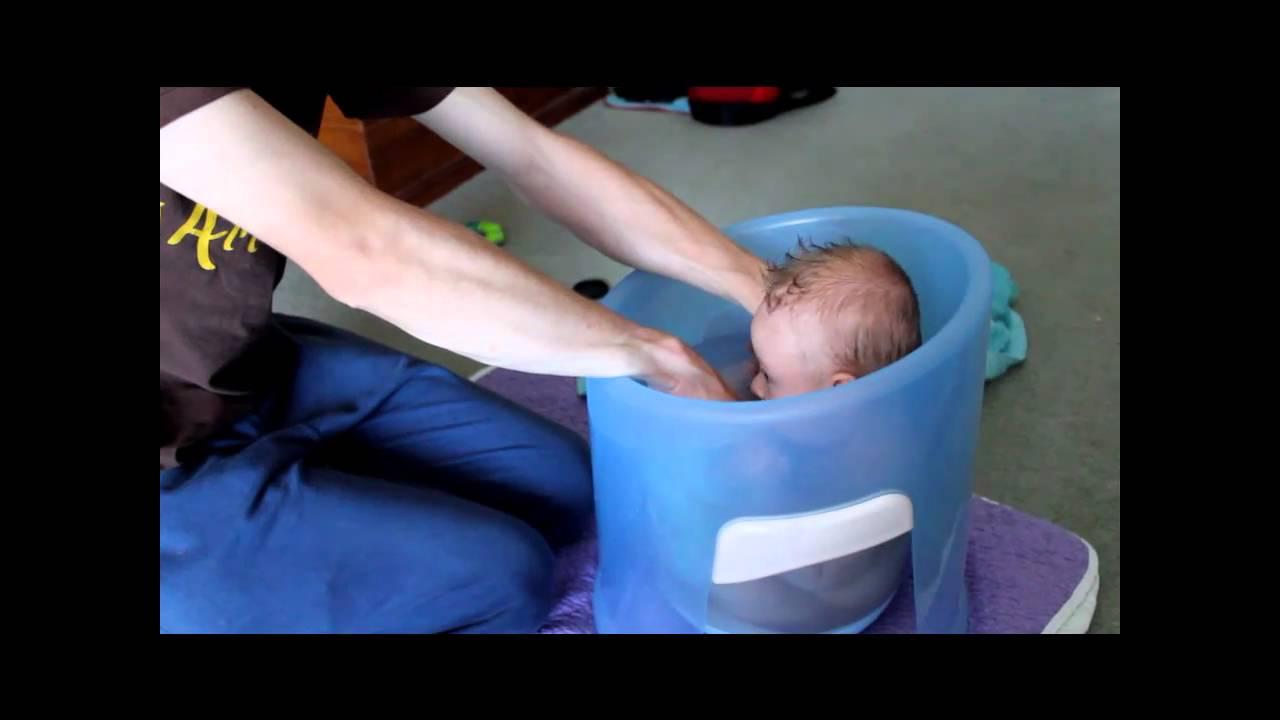 Eamon has a bath.wmv - YouTube