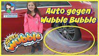 Super Wubble Bubble mit Auto überfahren 🚗 Geht das? | Härtetest für den Wubble Bubble - Challenge
