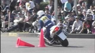 白バイ警察官のテクニック  Police Motorcycle(VFR800P)