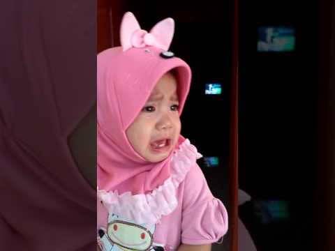 Bayi nangis lucu