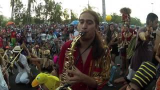 Orquestra Voadora - Expensive Shit - Carnaval 2014