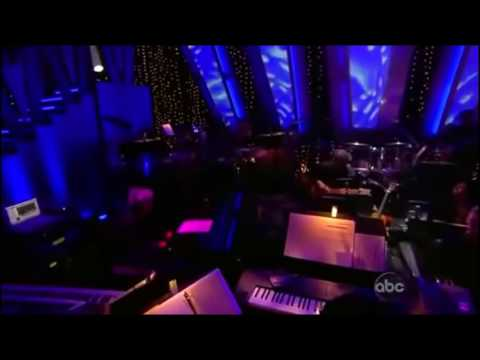 Jennifer Hudson - Spotlight Dancing Stars
