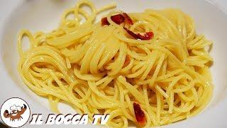 218 - Spaghetti aglio olio e peperoncino...primo piatto sopraffino! (sub eng)(original light recipe)