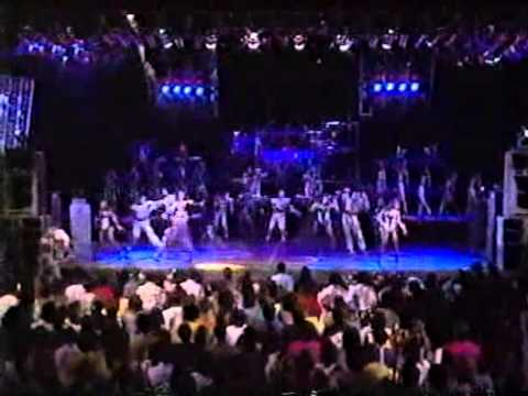 MC Hammer - Heres Comes The Hammer Live 1990