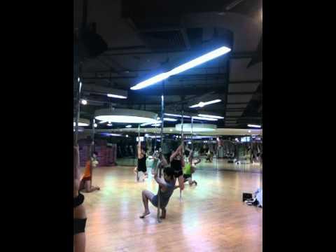 Pole Dance : love you like a love song