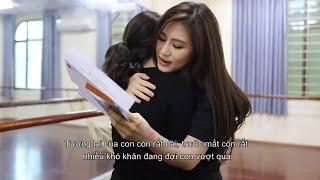 Hương Tràm trao giải cuộc thi viết thư Hộp Thư Số 1
