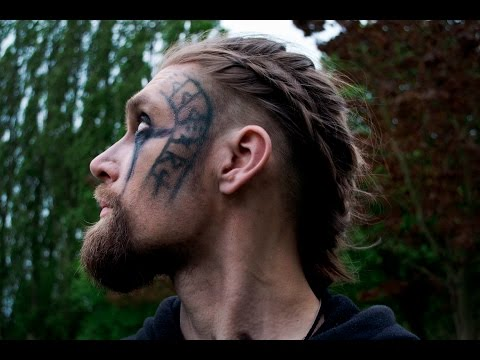 Viking shieldmaiden inspired halloween makeup - Coiffure viking homme ...