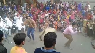 Surat holi programe...सूरत में होली का जोरदार डांस